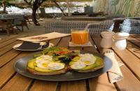 You can enjoy your breakfast in Casablanca All Day Cafe garden, 20 meters away from 8.00 pm